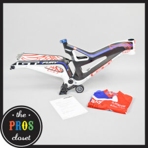 Rachel-Atherton-GT-Fury-Mountain-Bike-Frame-and-Jersey-DH-Downhill-Med-Carbon