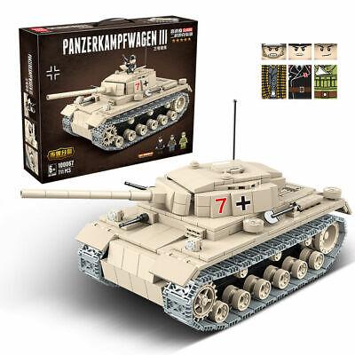 WWII German Panzerkampfwagen III Tank Panzer Bausteine +3 Figures 711 Teile