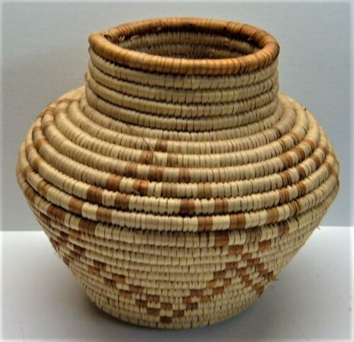 Native American Woven Basket Tight Weave Excellent Condition geometric Design