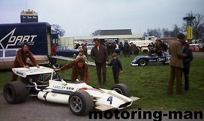 YARDLEY BRM P153 F1 OULTON PARK ROTHMANS JO SIFFERT CAR 1971 PADDOCK PHOTOGRAPH