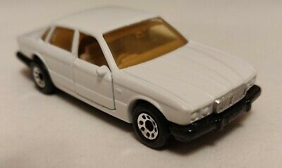 Matchbox superfast 41 Jaguar XJ6 1984 Custom