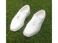 White Lawn Bowling Shoes, Laced