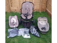 Quinny Moodd Pushchair, Foldable Carrycot, Pebble Car Seat Complete Travel Package with covers.