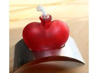 Valentine Love heart oil lamp - never used