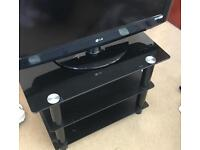 LG 32inch flat screen tv, comes with tv stand,