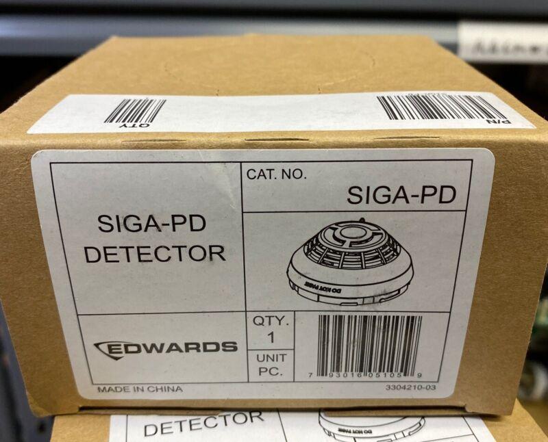 Edwards EST C2M-PD-HRC 2 Wire Photoelectric Smoke Detector NEW
