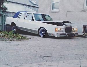 WHITE 1989 LINCOLN TOWN CAR LOWRIDER