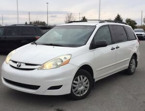 2007 Toyota Sienna CE | 8 PASSENGER | PEARL WHITE | LOADED |