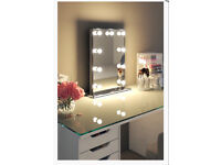 New MUST SEE stunning Hollywood dressing room mirror - RRP £290