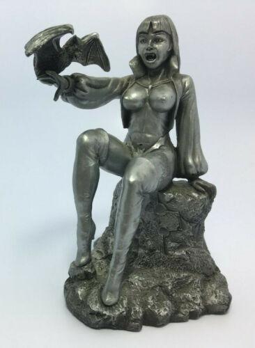 Halloween Vampiress Demon of The Night Woman Lady Vampire with Bat Statue Figure