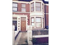 1 BEDROOM FLAT TO LET ** PRICE REDUCTION**