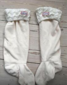 White chunky cable Hunter Welly Socks (size 6-8)