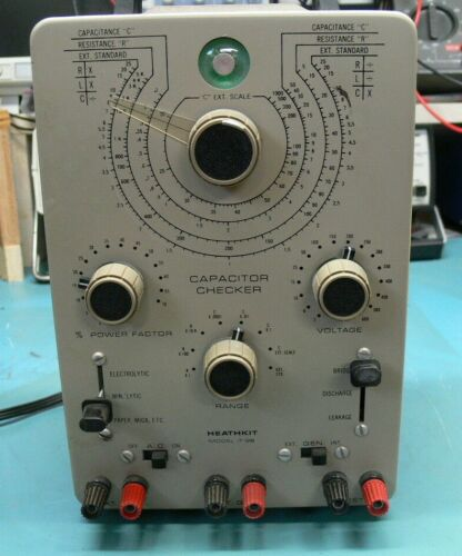 Heathkit IT-28 Capacitance and resistance tester-  very nice condition