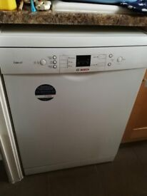 Bosch Exxcel Free Standing Dishwasher Model: SMS53E12GB