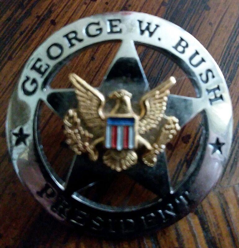 George W. Bush President Sheriff Pin Republican Texas Comal Party 43