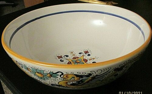 Unique!  NOVA DERUTA -Large Serving Bowl - Made in Italy- Hand painted