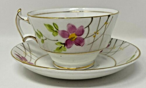 VINTAGE WOODLANDS TEA CUP & SAUCER PINK FLOWER MADE IN ENGLAND BONE CHINA