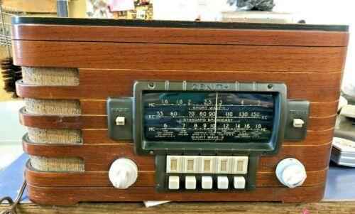 VTG ZENITH RADIO W/SHORTWAVE MODEL 5678 ~ WORKS!