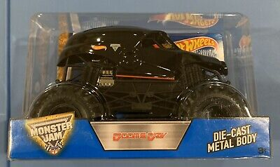 Hot Wheels Monster Jam Doomsday 1:24 Scale Diecast Truck