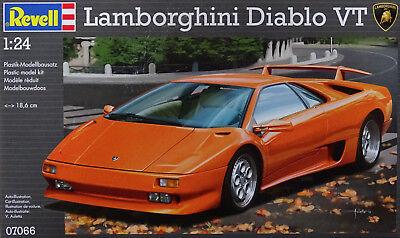 REVELL® 07066 Lamborghini Diablo VT in 1:24