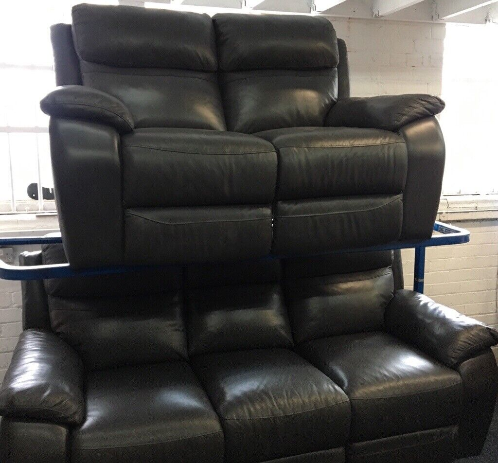Peachy New Ex Display Lazyboy Leather Warren Grey 3 2 Seater Recliner Sofa Sette 70 Off Rrp In Leeds City Centre West Yorkshire Gumtree Andrewgaddart Wooden Chair Designs For Living Room Andrewgaddartcom
