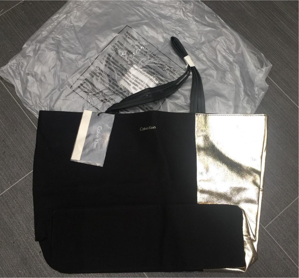 Las Designer Calvin Klein Handbag Brand New With Tags