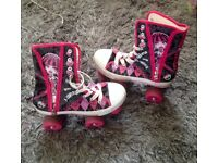 Monster high Roller Boots size 3