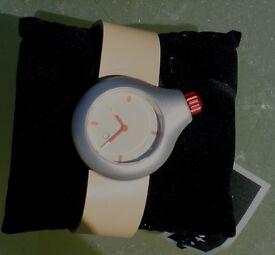 Axcent of Scandinavia watch. Apart design