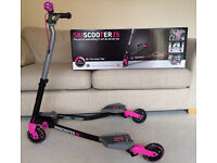Girls Z5 ski scooter carver (Mint condition)