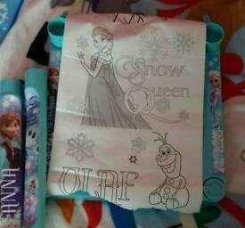 Disney frozen drawing desk