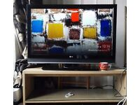 """LD 42"""" Television. Excellent Condition. 2 HDMI Ports, 2 Scart Plugs, HD Television built in."""