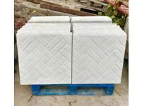 600x600 / 2x2 Concrete Paving slabs brick effect