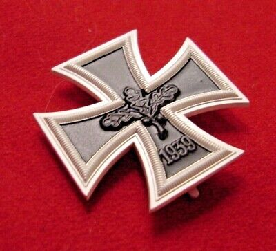 GERMAN MEDAL - IRON CROSS FIRST CLASS 1939  - BUNDESREPUBLIK 1957 PATTERN