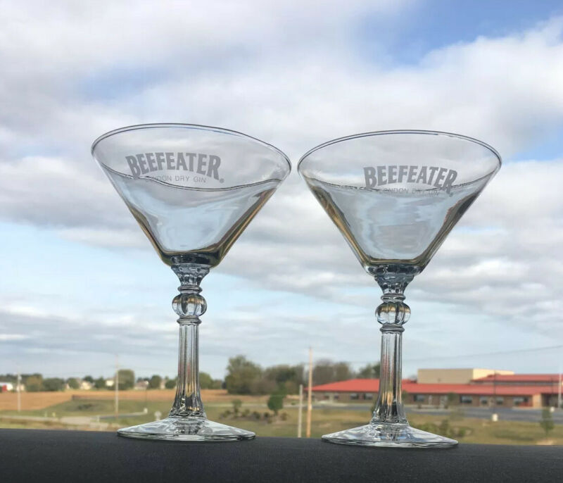 """Beefeater London Dry Gin 6"""" Martini Glasses Stemware Footed, Vintage, Set of 2"""