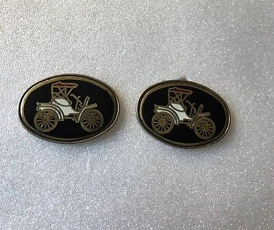 Vintage Men's Gold Tone Cufflinks Antique Car Chi-8c
