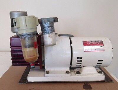 Ulvac Sinku Kiko Gvd-050a Oil Rotary Vacuum Pump Hitachi 1ph Induction Motor