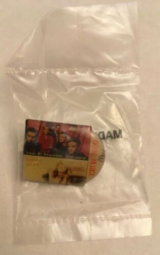 Britney Spears / N'Sync Mcdonalds Crew Pin And Newsletter. SEALED. Free shipping