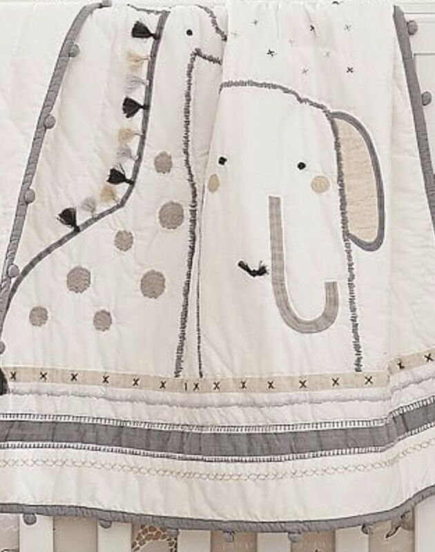 Pottery Barn Kids Embroidered Rowan Crib/Toddler Baby Quilt. N3
