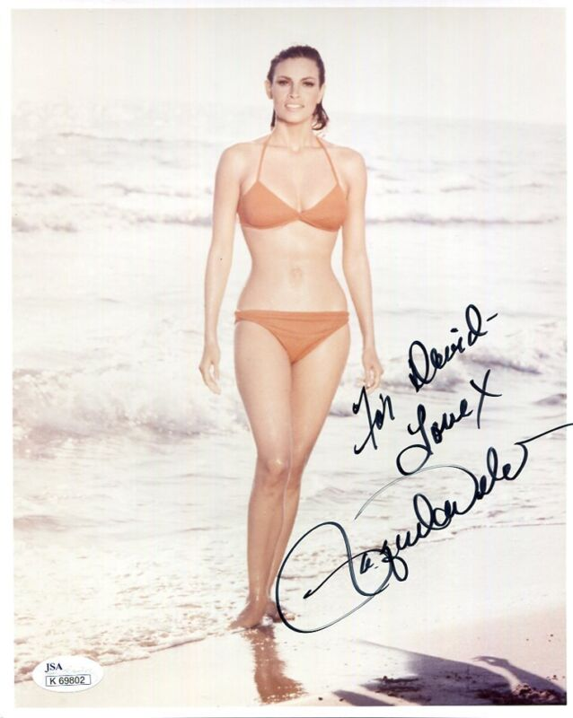 RAQUEL WELCH HAND SIGNED 8x10 COLOR PHOTO       SEXY BODY   TO DAVID         JSA