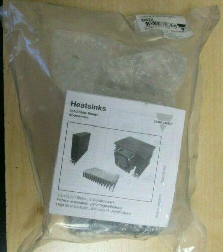 Carlo Gavazzi  RHS301  Heat Sink  NEW in factory-sealed bag