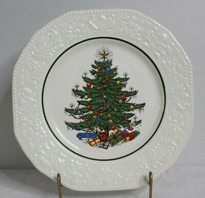 Cuthbertson DICKENS EMBOSSED CHRISTMAS (CREAM) Dinner Plate 10 7/8