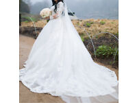 Wedding dress for RENT!! Size 8-10