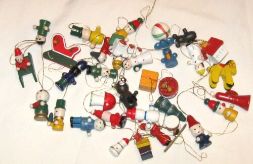 Vintage Lot of 34 Small Wooden Ornaments Houses Skier Animals Train Snowmen +++
