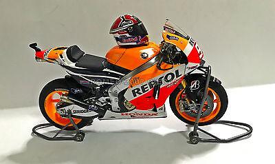 1:12 Tamiya Full Detail Honda RC213V Marc Marquez 2014 Bike + Helmet...