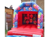 BALLOON BOUNCY CASTLE for hire / Popcorn & Candy Floss / Hot Dogs + more / Essex & London
