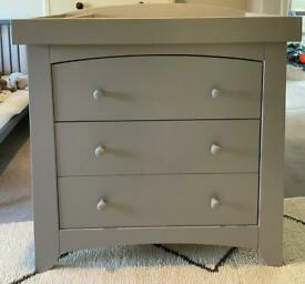 Mamas & Papas dresser and changing unit