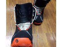 Mens Burton Snowboard Boots size 9