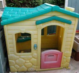Little tikes magic door bell playhouse