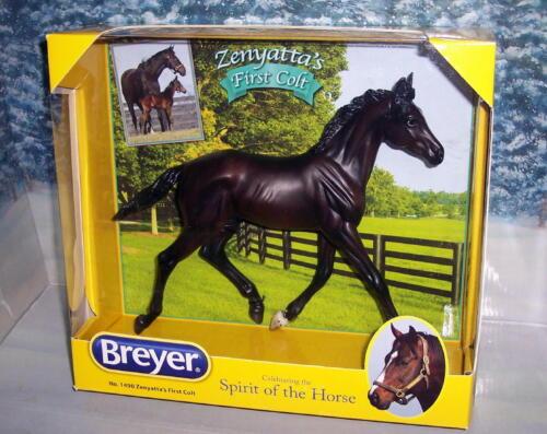 BREYER HORSE  #1490 ZENYATTA