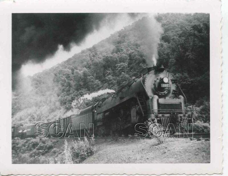 9GG790 RP 1940s READING RAILROAD LOCOMOTIVE #2113